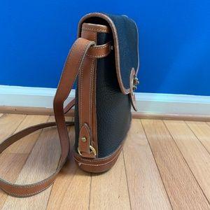 Dooney & Bourke Bags - Dooney & Bourke Vintage Messenger Crossbody Bag